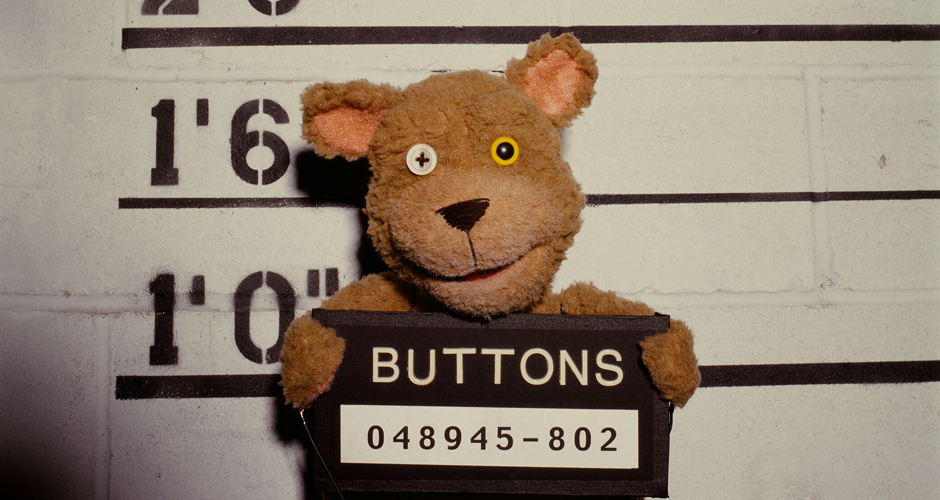 puppets-who-kill-buttons-the-bear